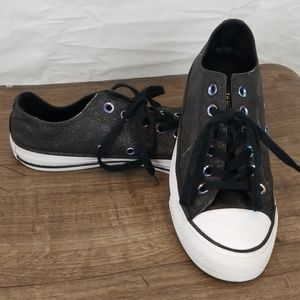 Converse All Stars Low Tops, Size 7